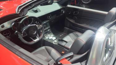 Mercedes SLC - dash show