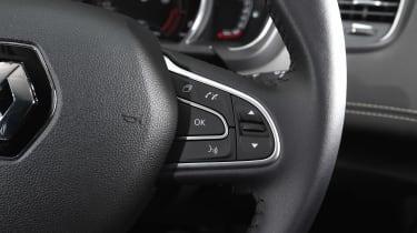 Renault Scenic - steering wheel