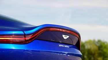 Aston Martin Vantage - spoiler