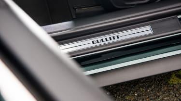 ford mustang bullitt interior detail