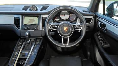Porsche Macan - interior