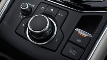 Mazda CX-5 2.2d Sport Nav - dashboard