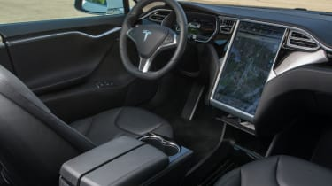 """<p class=""""p1"""">The cabin is dominated by 17-inch screen, while TFT dash features an energy monitor that plots the power you use.</p>"""