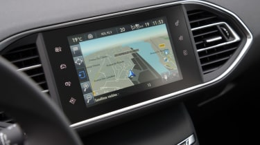 Peugeot 308 SW estate 2014 first drive pictures | Auto Express