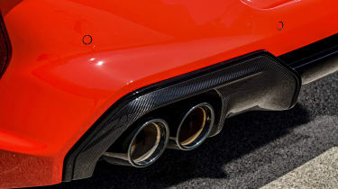 BMW M8 - exhausts
