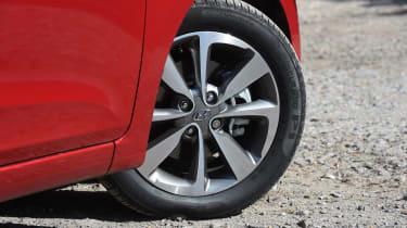 Hyundai i20 Turbo Edition - wheel