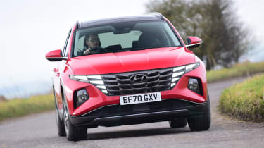 Hyundai Tucson MHEV - front cornering