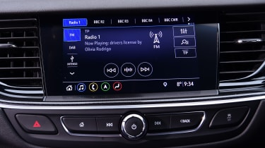 Vauxhall Insignia - screen