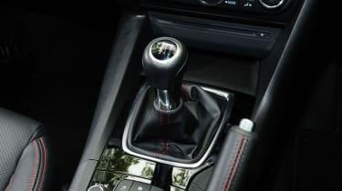 Mazda 3 - gearlever