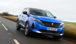New Peugeot 3008 facelift 2020