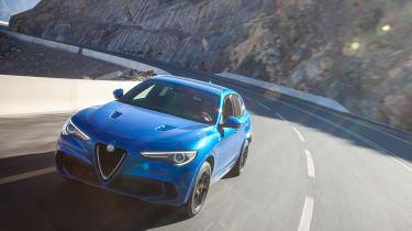 Alfa Romeo Stelvio Quadrifoglio  - tracking