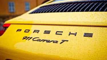 Porsche 911 Carrera T - rear detail
