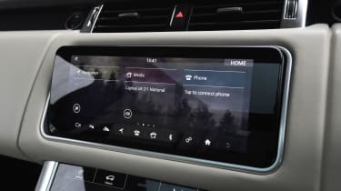Range Rover Sport infotainment