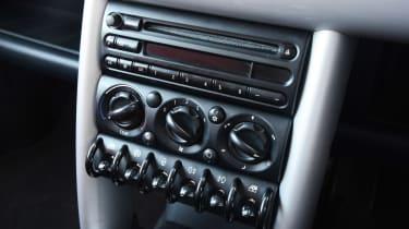 MINI Cooper - modern classic centre console
