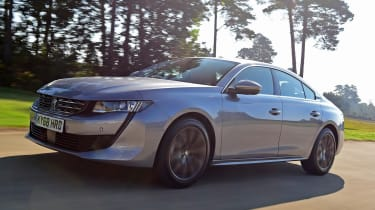 Peugeot 508 fastback -  front tracking