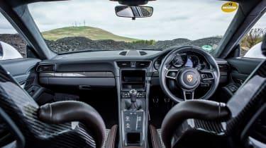 Porsche 911 R - dash