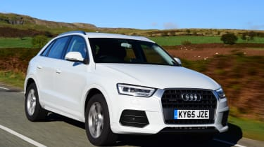Audi Q3 front tracking