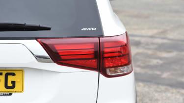 Mitsubishi Outlander - rear light detail