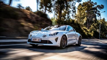 Alpine A110 - front n/s tracking