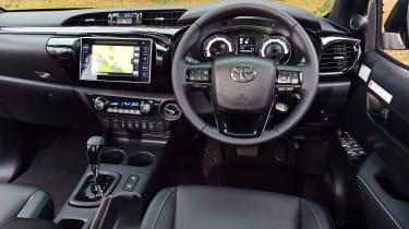 Toyota Hilux - dash
