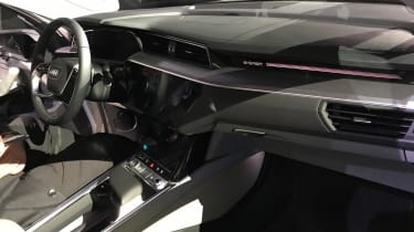 Audi e-tron - reveal dash