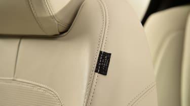 Jaguar XE - seat detail