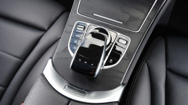 Mercedes GLC 350d - centre console