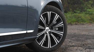 Volvo S90 - wheel