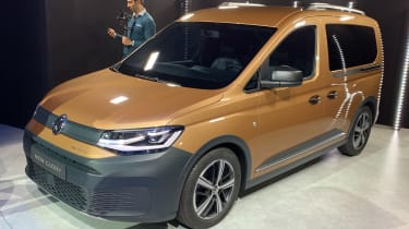 VW Caddy Pan Americana - front reveal
