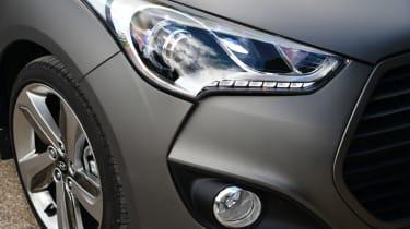 Hyundai Veloster Turbo light detail