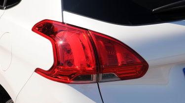 Peugeot 2008 1.6 e-HDi rear light
