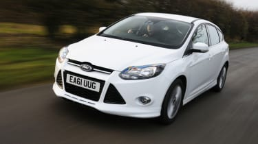 Ford Focus Zetec S 1.6 EcoBoost front tracking