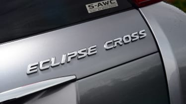 Mitsubishi Eclipse Cross Black Connected - Eclipse Cross badge