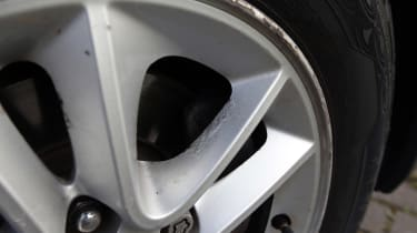 Used Hyundai i30 - wheel damage
