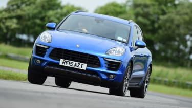 Porsche Macan - front cornering