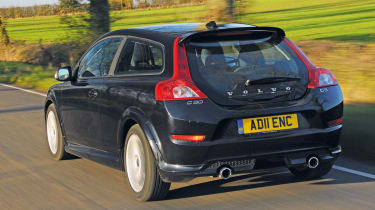 Volvo C30 rear tracking