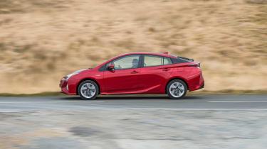 Toyota Prius - side