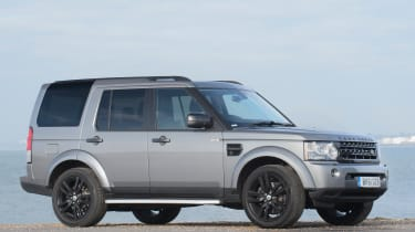 Used Land Rover Discovery review - front quarter