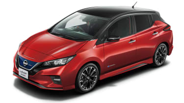 Nissan Leaf Nismo - red