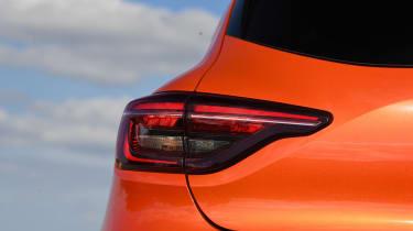 Renault Clio - rear lights