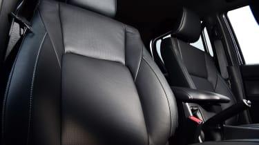 Toyota Hilux - seats