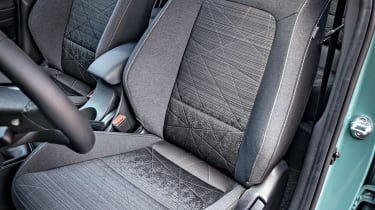 Hyundai Bayon - front seat