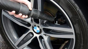 Blow dryer - wheel