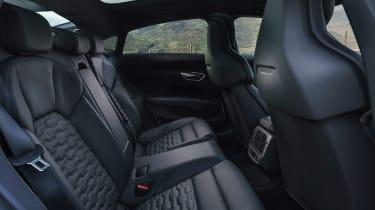 Audi e-tron GT - rear seats
