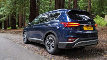 Hyundai Santa Fe - fourth report rear