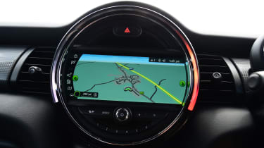 Mini Cooper Convertible Navigation