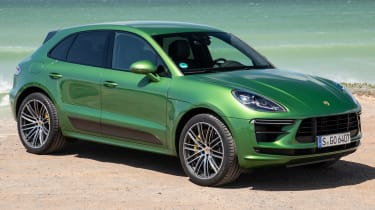 Porsche Macan Turbo - front 3/4 static