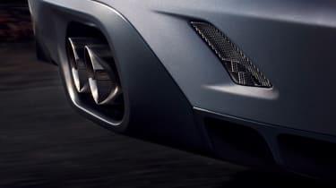 Jaguar F-Pace SVR - exhaust