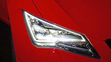 SEAT Leon Cupra - lights