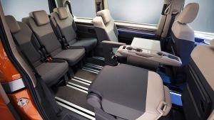Volkswagen T7 Multivan - seat down